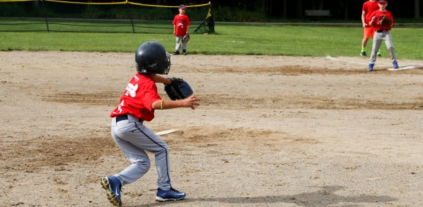 Weather disrupts Rookie Baseball Drive to Championships
